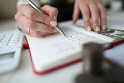 remplir-cahier-recette-depense-exacompta